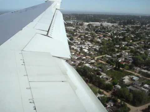 Lan Chile B 767 Landing at Montevideo, Uruguay.