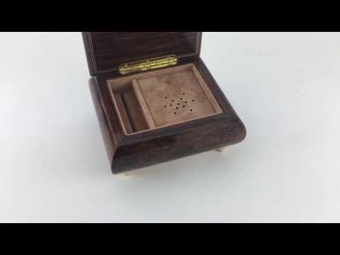 Sorrento Italian music box playing