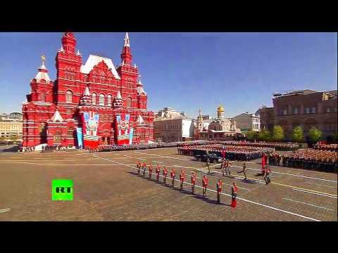 Desfile Militar En Rusia 2014 (HD) - Version 2 - Bandera Y Recorrido