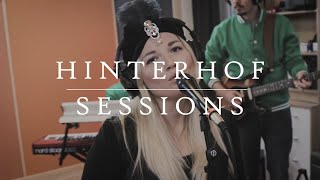 Mel Vee - Give | Hinterhof Session