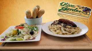 Olive Garden Creamy Mushroom Fettuccine With Italian Sausage Salad And Breadsticks Youtube