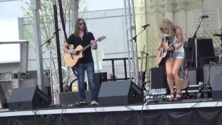 lindsay ell by the way cma fest 2015