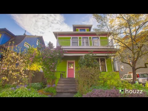 Wild Color Wakes Up a Seattle House