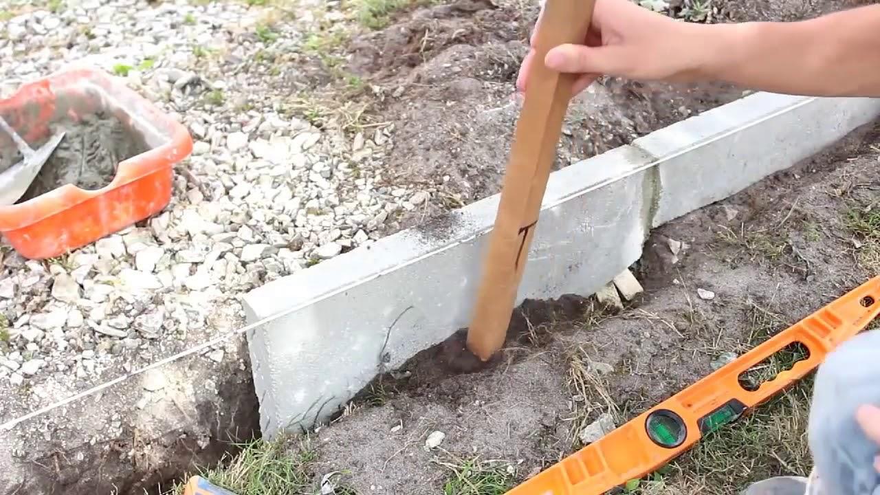 rasenkantensteine setzen randsteine verlegen kantensteine schneiden