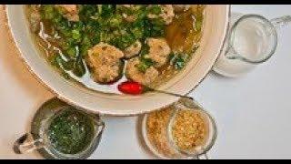 Подача супа с фрикадельками и фунчозой по-тайски / от шеф-повара / Илья Лазерсон / Мировой повар