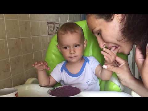 Чем я кормлю ребенка утром / Прикорм овсянка/ фиолетовая овсянка/ любимая детская кашка