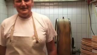 Как производят масло в Германии.