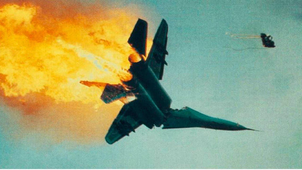 В турции сбили самолет