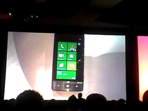 Qantas Windows Phone 7 App Demo