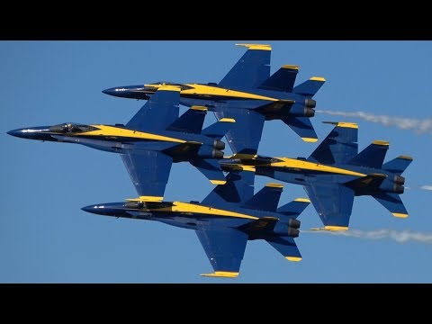 【4K】Blue Angels NAS JAX AIRSHOW 2017 Clear day high Show !