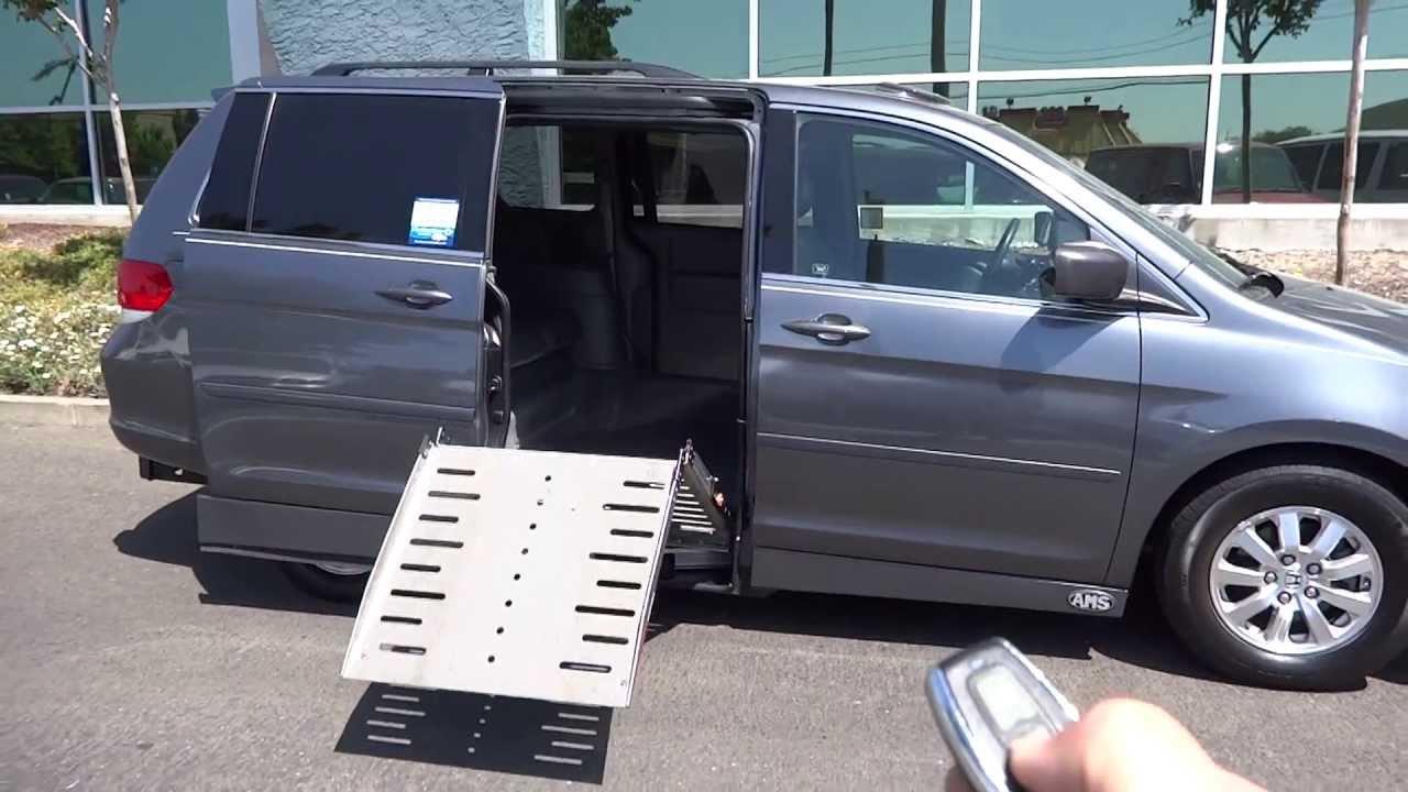 2010 Honda Odyssey With Power Side Entry Wheelchair Ramp