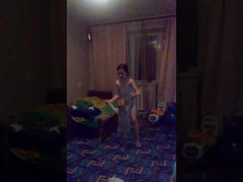 4 камеры в комнате (камера снимает сестру оконьчание розыгрыш) ХА ХА ХА