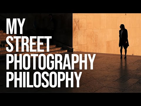 My Street Photography Philosophy (in Rome with the Fujifilm X-T20)