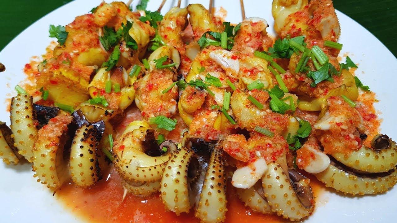 กับข้าวกับปลาโอ 592 : หนวดหมึกย่างตลาดนัด น้ำจิ้มรสเด็ด Squid tentacle grill \u0026 Spicy dipping sauce