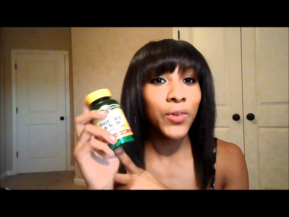 SKIN HAIR & NAILS BIOTIN PILLS - YouTube