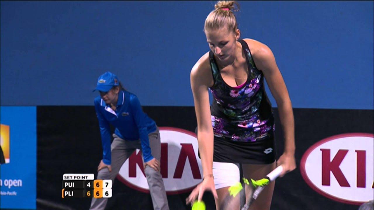 The Latest: Pliskova Through to 2nd Round at French Open