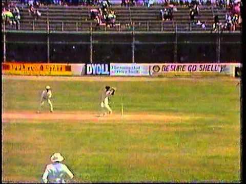 Download Cricket : West Indies v England 1989-90 - 1st Test Day-3 highlights