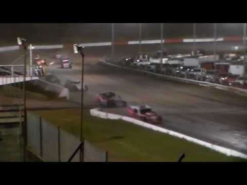 Modified Bmain 3 @ Hamilton County Speedway 08/08/17