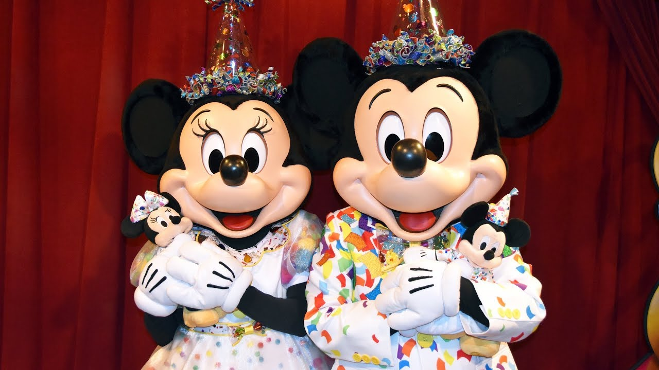 New Mickey Minnie Mouse Meet Greet In 90th Birthday Celebration Outfits At Magic Kingdom Disney Youtube