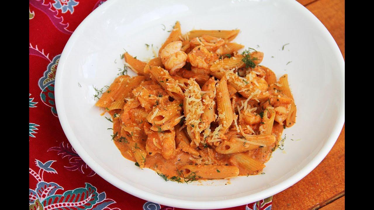 рецепт паста в томатном соусе с креветками