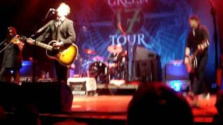 Flogging Molly - Man with No Country (live)