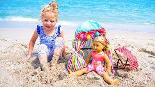 Настя с куклой играет на детской площадке. Мой весёлый день. thumbnail