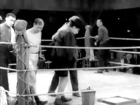 Luces de la Ciudad de Charles Chaplin (divertidisima escena comica de boxeo)