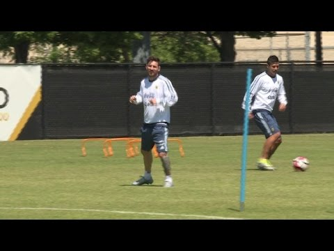 Ailing Messi joins team for full training session in Chicago