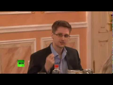 FIRST VIDEO: Snowden receives Sam Adams Award in Moscow