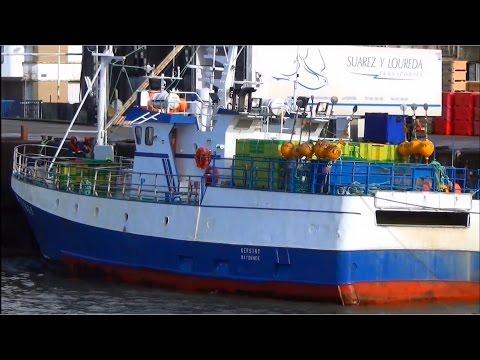 Kersiny ; Fileyeur ; Bateau de pêche ; Bayonne ; Port ; Lorient ; Bretagne ; France