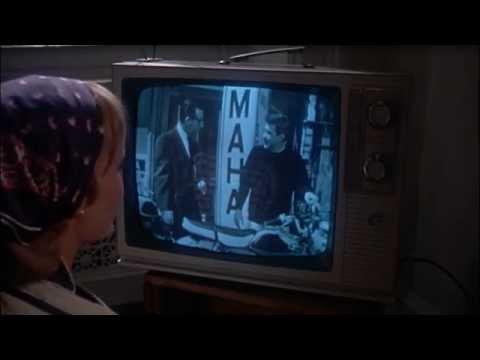 Видео Горькая луна фильм смотреть онлайн
