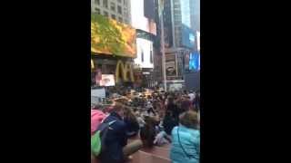 Ambiance sonore à Times Square !