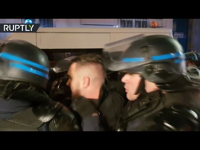 Yellow Vests spokesperson arrested in Paris as protesters chant 'dictatorship'