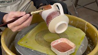 555. Glazing A Sgraffito Texture Mug With Hsin-Chuen Lin 林新春 馬克杯上釉示範