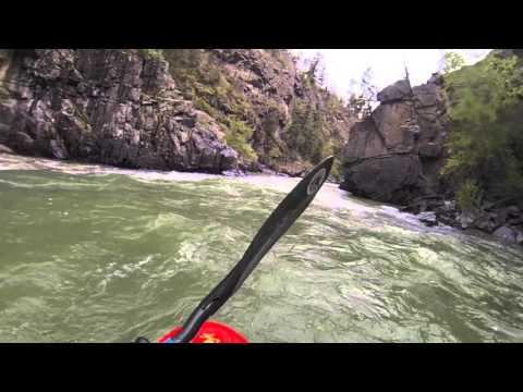 World Kayak video guide, 'Rockwood Box' of the Animas River