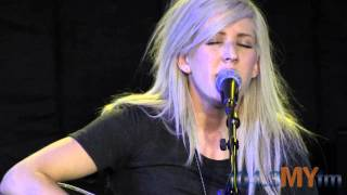 "Ellie Goulding ""Guns and Horses"" Acoustic"