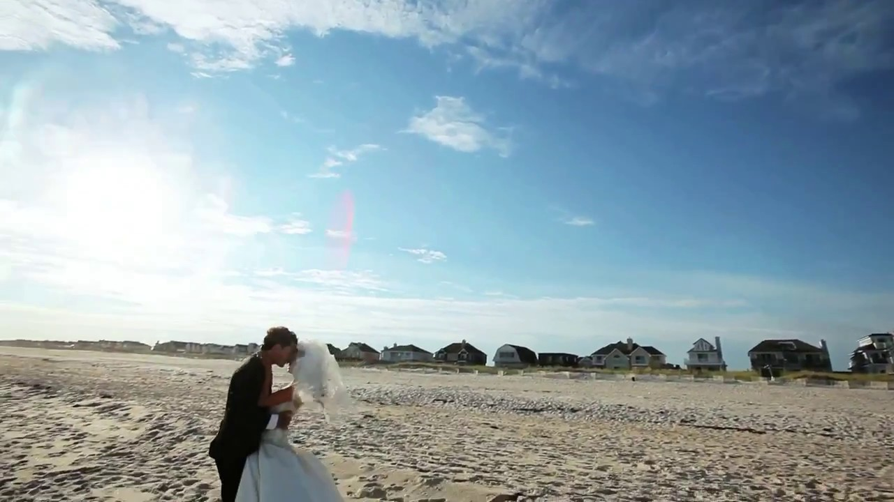 Charles ellis wedding hamptons ny beach wedding for Beach weddings in ny