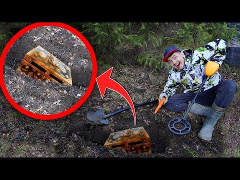 Эти находки под землей мы нашли металлоискателем у логова лешего!