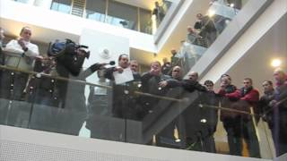 STIB - Atrium - 9 avril 2012 - Iliaz Tahiraj (intro)
