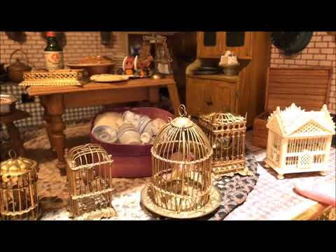 the-ultimate-miniature-home-tour---you-won't-believe-this-dollhouse