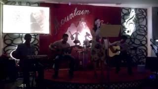 Mưa Rừng - Mountain guitar đệm hát