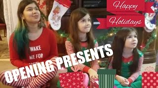 CHRISTMAS MORNING!KIDS OPENING PRESENTS|UNEXPECTED SURPRISE AT THE END?