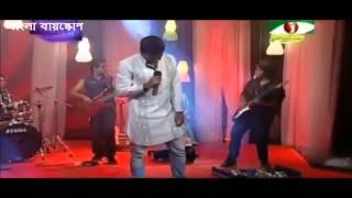Rubel Hossain Singing a Song    Ekhon onek raat thumbnail
