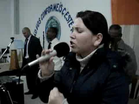 CASA DE NAZARÉ - Jennifer Costa Louvando ao Senhor...