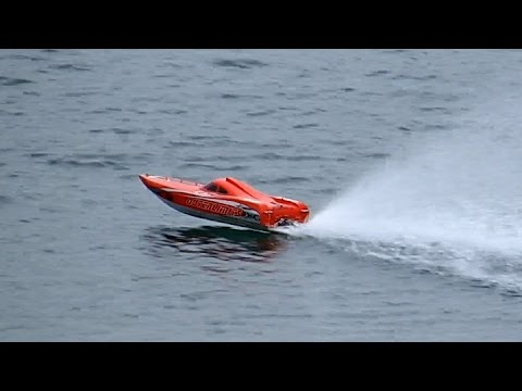 SO FAST RC POWERBOAT SPEEDBOAT RACING BOAT THAT´S FUN / Edderitz Germany  2015