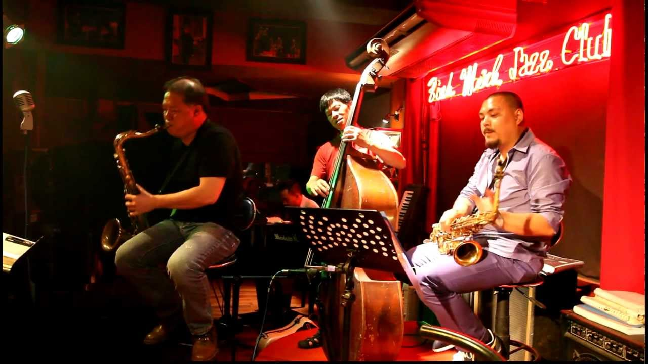 Jazz live music in Hanoi