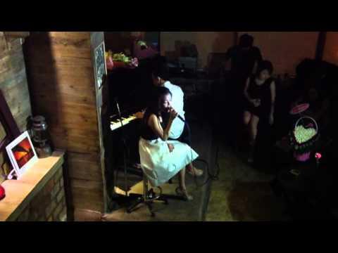 [Live] Mùa Thu Cho Em - Thanh Ngọc (Rhapsody Cafe 15.08.2013)