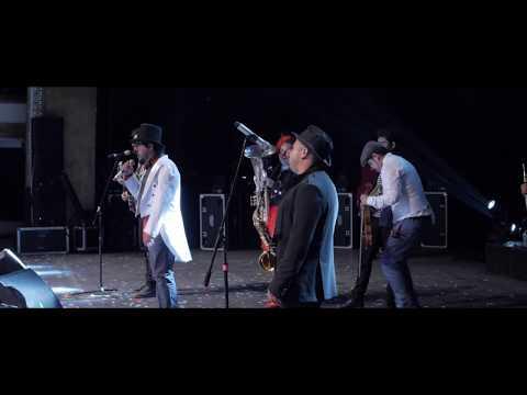 Triciclo Circus Band - Adiós Adiós (Video Oficial) En vivo 9no Aniversario Teatro de la Ciudad