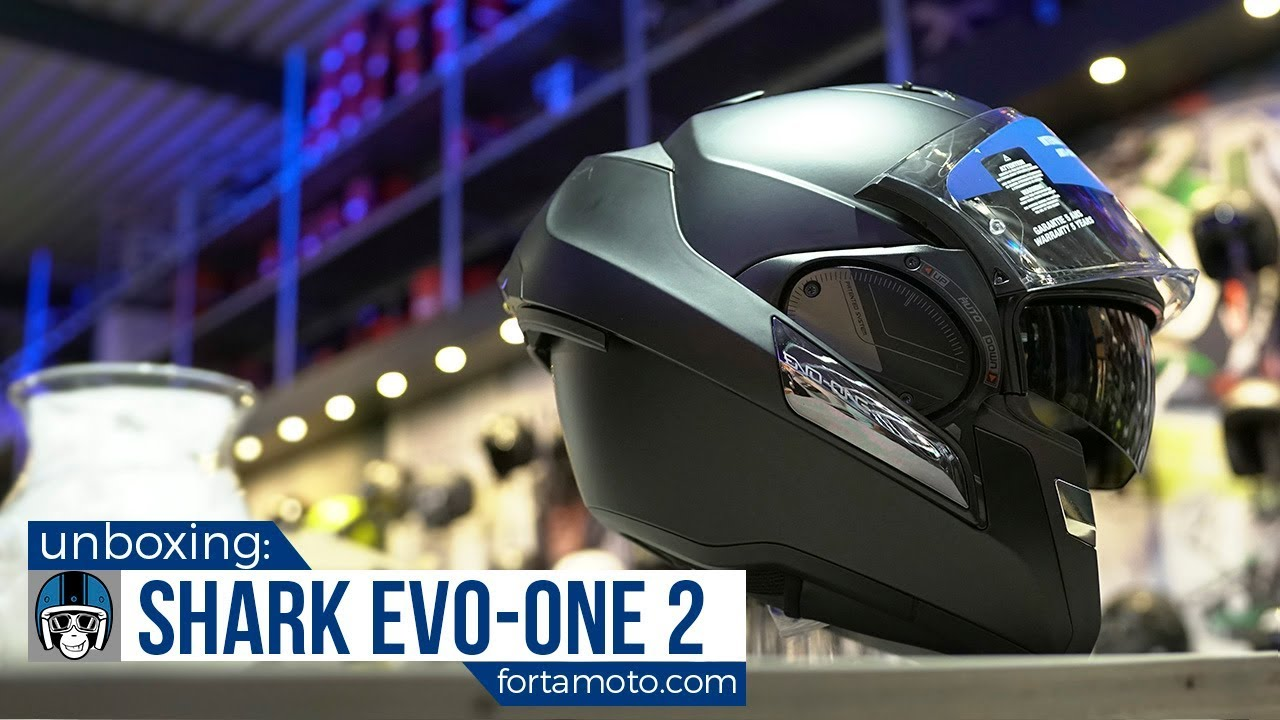Shark Evo One 2 Motorcycle Helmet Unboxing Fortamotocom Youtube