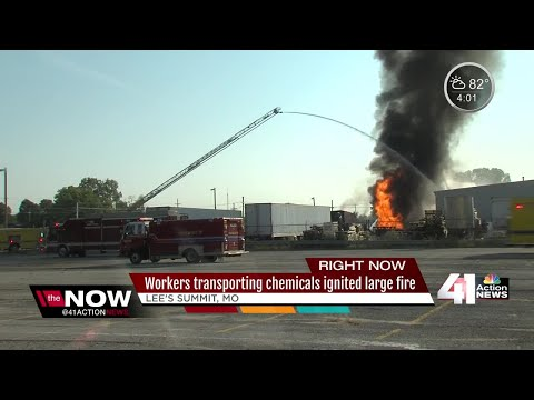 Lee's Summit chemical facility catches on fire